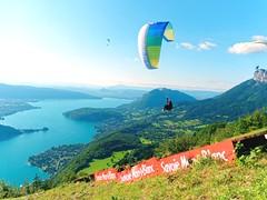 Montmin - Lac d'Annecy (CHAK LUMIKS) Tags: lesalpes savoie montmin montagnes parapente olympus1442ezpancake lumixgx80 lumixgx85