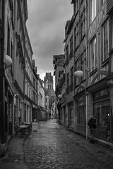 (3/12: Brassai) Rue Damiette (ponzoñosa) Tags: brassai influential photographers bn bw blancoynegro blancetnoir blackandwhite street calle rue rouen damiette arts 52weeks