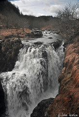 Severn-breaks-its-neck 02 (Row 17) Tags: uk unitedkingdom gb greatbritain wales powys severnvalley riversevern riverside rivers river waterfall water d90 nikon
