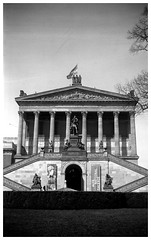 Old National Gallery Berlin (irgendwiejuna) Tags: agfa agfabilly1 bellowskamera klappfalter 6x9 mediumformat blackandwhite selfdeveloped caffenol caffenolcm altenationalgalerie berlin oldcamera analog vintagecamera fomapan fomapan100