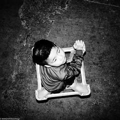 DSCF9934-Edit-2 (Manzur takes photos) Tags: 170418nanyang fujixpro2 china nanyang afterdark night kid flash henan street photography