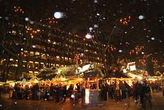 DSC03641 (margaret.metzler) Tags: 2012 hamburg germany deutschland winter weihnachten festive weihnachtsmarkt christmasmarket christmas snow gerharthauptmannplatz night favorite