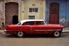 Centro - automobile 3 (luco*) Tags: cuba la havane havana habana centro automobile car voiture façade maison house casa american old vieille américaine