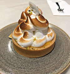 2018 Sydney: Lemon Meringue (dominotic) Tags: 2018 food dessert afternoontea cake lemonmeringue iphone8 sydney australia