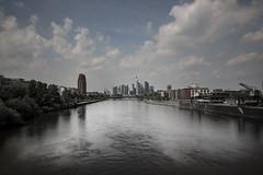 Frankfurt_2018-05-12_Main_skyline (Der Nordhesse) Tags: germany deutschland frankfurt main river flus langzeitbelichtung