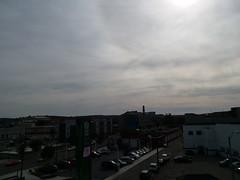 11-11-17 Dayton 20 (Chicagoan in Ohio) Tags: dayton clouds sun sunhalo leaves fallcolor