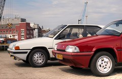 Citroën BX 19 GT / 19 TRS Aut. (Skylark92) Tags: nederland nehterlands holland zuidholland southholland vlaardingen haven harbour citroen bx photoshoot tonemapped citroën 19 trs automatic tf40zr 1988 car road gt 1985 07kxp5 sky