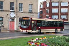 East Yorkshire 340 (YX54 FWN) (SelmerOrSelnec) Tags: eastyorkshire volvo b7rle wright yx54fwn hull kingstonuponhull queensdockavenue bus