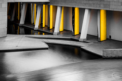 'Yellow' - Fondation Louis Vuitton (Julien CHARLES photography) Tags: boisdeboulogne europe france lv louisvuitton paris archi architecture fondation