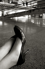 unb (missfavs) Tags: gabi foot shoe topv333 topc50 bodylanguage salto favs p unb missfavs gabriellealves