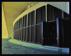 Auditorio (*atrium09) Tags: door travel espaa topv111 architecture golden spain arquitectura puerta canarias olympus auditorio calatrava tenerife santacruzdetenerife curve auditori dorado curvas scoreme40 atrium09 ltytr1 rubenseabra