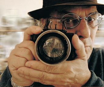 director Carlos Saura
