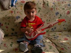 DSCN1851 (blognotes) Tags: tommaso chitarra 200509