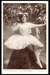 091406-025 (aeillill) Tags: blackandwhite cinema photograph actress silentfilms stageactress sybilarundale