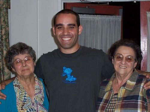 Tita, Me, Abuela