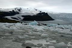 Breirln Glacial Lake - Iceland ({ Planet Adventure }) Tags: theglaciallakebreirln theglaciallakejokulsarlon jokulsarlon glacier glacial gelo ice lagodegelo largestglaciallakeiniceland iceland skaftafellnationalpark skaftafell nationalpark 18km depthof200mts deep seconddeepestlakeiniceland icebergs iceberg breiamerkurjkull breidamerkurjokullglacier icelandiclandscape landscape laterallycool cool stunningscenery verycool incredible wonderful peopleseemtolike favorite facinating supperb stunning travelphotographs worldtraveller traveltheworld travelphotos holidays canoneos eos visittheworld backpacking onflickr flickriscool loveyourphotos havingfun theworldthroughmylenses theworlthroughmyeyes alwaysbecapturing greatcaptures shotingtheworld by{planetadventure} byalessandrobehling ab allrightsreserved tagging beautyissimple icanon icancanon canonrocks canonphotography selftaughtphotographer phographyisart travellingisfun planetadventure canon 20060827 spectacularlandscapes specland 123faves interestingness explorer placesilove ilovethisplace 100views 200views 300views artlibre island islandia inhospitable inhospitableplace ilovenature iwasthere icelandiclandscapeimage lovephotography flickr copyright20002006alessandroabehling copyright thecontinuum allinteresting 200mostinteresting setfrontimage alliceland justiceland greaticeland visiticeland 20d