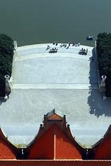 bird's eye view (nahlinse) Tags: nikon cityhall hannover d200 hanover birdseyeview maschteich utataliveshere utataview