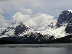 BI110 Bow Lake (listentoreason) Tags: canada geotagged hiking events scenic places vista banff activities score40