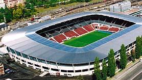 fußballstadion von außen