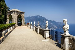 Belvedere dell'infinito (Fabien Georget (fg photographe)) Tags: statue anacapri tree océan mer landscape paysage sky ayezloeil beautifulearth bigfave canoneos600d canon elitephotography elmundopormontera eos fabiengeorget fabien fgphotographe flickr flickrdepot flickrunited georget geotagged flickunited longue mordudephoto nature paysages perfectphotograph perfectpictures wondersofnature wonders supershot supershotaward theworldthroughmyeyes shot poselongue photography photo greatphotographer french côteamalfitaine bluehour italie seascape