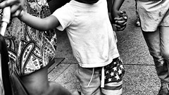 Atheism (draketoulouse) Tags: chicago loop people street streetphotography monochrome blackandwhite bw michigan city urban avenue summer flag america family