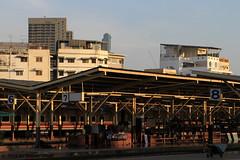 I_B_IMG_9243 (florian_grupp) Tags: southeast asia thailand siam thai train railway railroad srt staterailwayofthailand metregauge metergauge bangkok krungthep station mainstation hualumpong hualamphong