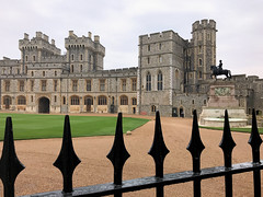The Queen's Courtyard (nascentia) Tags: england uk unitedkingdom europe travel iphonephotography windsor windsorcastle castle architecture