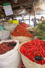 Red Hot Chili Peppers - 26th February 2018 (princetontiger) Tags: kenya nairobi street streetphotography red market fruit fruitandvegetable vegetables chillies peppers chillipeppers hot heat