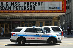 Chicago P.D. (Cragin Spring) Tags: city urban chicago chicagoillinois chicagoil unitedstates usa unitedstatesofamerica pd policedepartment suv chicagopolice chicagopd chicagopolicedepartment loop chicagoloop downtown
