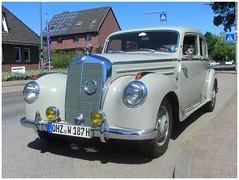 Mercedes-Benz 220 (W187), 1951 (v8dub) Tags: mercedes benz 220 w 187 1951 allemagne deutschland germany german pkw voiture car wagen worldcars auto automobile automotive old oldtimer oldcar klassik classic collector osterholz scharmbeck