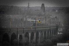 RuncornRailViaduct&Bridge2018.03.18-1 (Robert Mann MA Photography) Tags: runcorn runcornrailwaybridge runcornrailwayviaduct bridge railwaybridge viaduct railwayviaduct mersey rivermersey merseyside widnes catalyst catalystsciencediscoverycentre 2018 winter sunday 18thmarch2018 train trains londonmidland londonnorthwesternrailway class350 desiro class350desiro