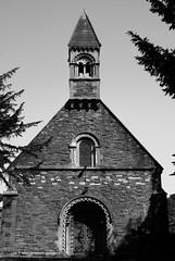 Eglwys y Santes Fair, Malpas, (Rhisiart Hincks) Tags: neonormanaidd neoromanésg neoromanesque neonorman malpas stmarys ysantesfair pensaernïaeth arkitektura architecture tisavouriezh ailtireachd ailtireacht pennserneth johnprichard ue eu ewrop europe eòrpa europa aneoraip a'chuimrigh kembra wales cymru kembre gales galles anbhreatainbheag 威爾斯 威尔士 wallis uels kimrio valbretland 웨일즈 велс เวลส์ ويلز uells ουαλία velsa velsas уельс уэльс уелс ウェールズ 威爾士 eglwys iliz eliza eaglais eglos church glèisa església église biserică chiesa iglesia kirche церковь 教堂 kirik 教会 ažnyčia blancinegre duagwyn gwennhadu dubhagusgeal dubhagusbán blackandwhite bw