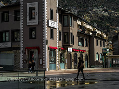 Andorra leisure: Andorra la Vella, Andorra city, the center, Andorra (lutzmeyer) Tags: 90mm andorra andorralavella andorracity europe iberia iberianpeninsula lutzmeyer pirineos pirineus placarotondaandorralavella pyrenees pyrenäen abril april architectura architecture architektur arquitectura baukunst bild capital center centre city ciudad ciutat foto fotografie frühjahr frühling gaststätte hauptstadt iberischehalbinsel image imagen imatge lutzlutzmeyercom mfmediumformat photo photography picture placa place platz plaza primavera restaurant rural sonnenaufgang sortidadelsol spring springtime stadtgebiet sunrise town zentrum