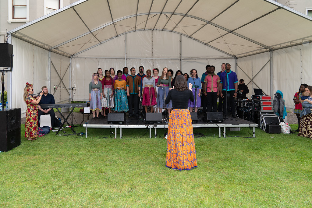 DISCOVERY GOSPEL CHOIR [AFRICA DAY 2018 IN DUBLIN]-140582