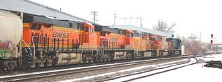 BNSF 8124, 6315, UP 2671, PRLX 200, CSX 215, Chapman, Neenah, 21 Apr 18