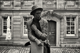 Joseph Martin Kraus (composer and Mozart contemporary) in front of his birthplace