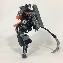 -New build , went for a more alien look also went for more greeble :) hope you enjoy #lego #legomech #legolove #afol #legomoc #hobby #robot (CeezyPieces) Tags: lego legomech legolove afol legomoc hobby robot