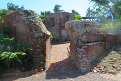 Key West (Florida) Trip 2017 7583Ri 4x6 (edgarandron - Busy!) Tags: florida keys floridakeys keywest higgsbeach westmartellotower keywestgardenclub