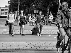 crossing (digitri aka paz) Tags: street candid city people traffic crossing paz digitri blackandwhite bw monochrome road