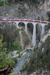 RhB - Landwasser Viaduct (Kecko) Tags: 2018 kecko swiss switzerland schweiz suisse svizzera graubünden graubuenden gr filisur europe rhätischebahn rhaetian railway railroad bahn viafierretica rhb eisenbahn landwasserviadukt brücke viaduct bridge albula swissphoto geotagged geo:lat=46679690 geo:lon=9677080