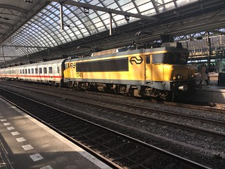 1745 on IC241 1700 Amsterdam C to Hannover, Amsterdam C, 21-04-18.