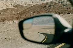 Death Valley, California, septembre 2017 (Marine Beccarelli) Tags: california deathvalley road summer desert analogue analog film filmphotography canonae1