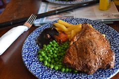 DSC_7207 Lunch at the Wetherspoon Blue Bell English Pub Scunthorpe Lincs Steak Fries Tomato Mushroom and Green Peas (photographer695) Tags: lunch wetherspoon blue bell english pub scunthorpe lincs steak fries tomato mushroom green peas