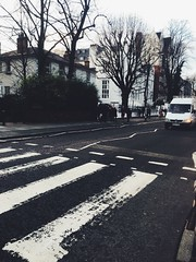 (maycambiasso98) Tags: europe travel music famous england inglaterra londres london photo fame street walk thebeatles beatles road abbeyroad abbey