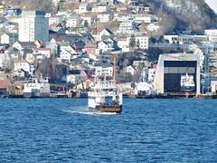 """""""Skutvik"""", """"Rebbenesøy"""" og """"Ibestad"""" (OlafHorsevik) Tags: rebbenesøy torghattennord thn ferge ferga ferry ferja ferje"""