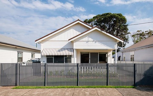 35 Nelson St, Mayfield NSW 2304