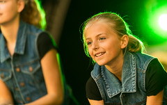 Streetdance girl. (Alex-de-Haas) Tags: oogvoornoordholland 70200mm cam cool coolplein coolpleinfestival cultureleamateurmanifestatie d5 dutch gottamove heerhugowaard holland nederland nederlands netherlands nikkor nikon noordholland amateur art autumn child children culture cultuur dance dancer dancers dancing dans dansen danseres danseressen dansers entertaining entertainment evenement event female festival fun girl girls herfst indiansummer kid kids kind kinderen kunst meisje meisjes najaar nazomer optreden performance plezier presentatie presentation show showbiz streetdance