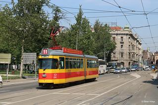 Belgrad 2710 ex BLT auf der SL 11 an der Haltestelle Ekonomski fakultet, 25.05.2018