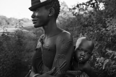 Beautiful mother from Bodi tribe with her son. Ethiopia. (Raúl Barrero fotografía) Tags: ethiopia portrait mother tribe africa omovalley woman
