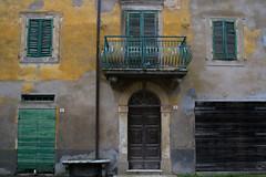Casamaggiore 5 e 6 (phacelias) Tags: verde green groen geel yellow giallo balcony balkon balcone